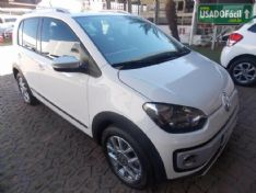 Foto do veículo VOLKSWAGEN up! cross Total flex